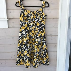 Yellow rose vintage style dress